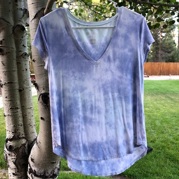 American Eagle Outfitters Tops - Blue Tie-Dye American Eagle Top